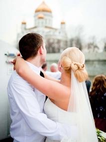 Снять теплоход на свадьбу